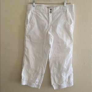 Free People white cotton capris Sz 10